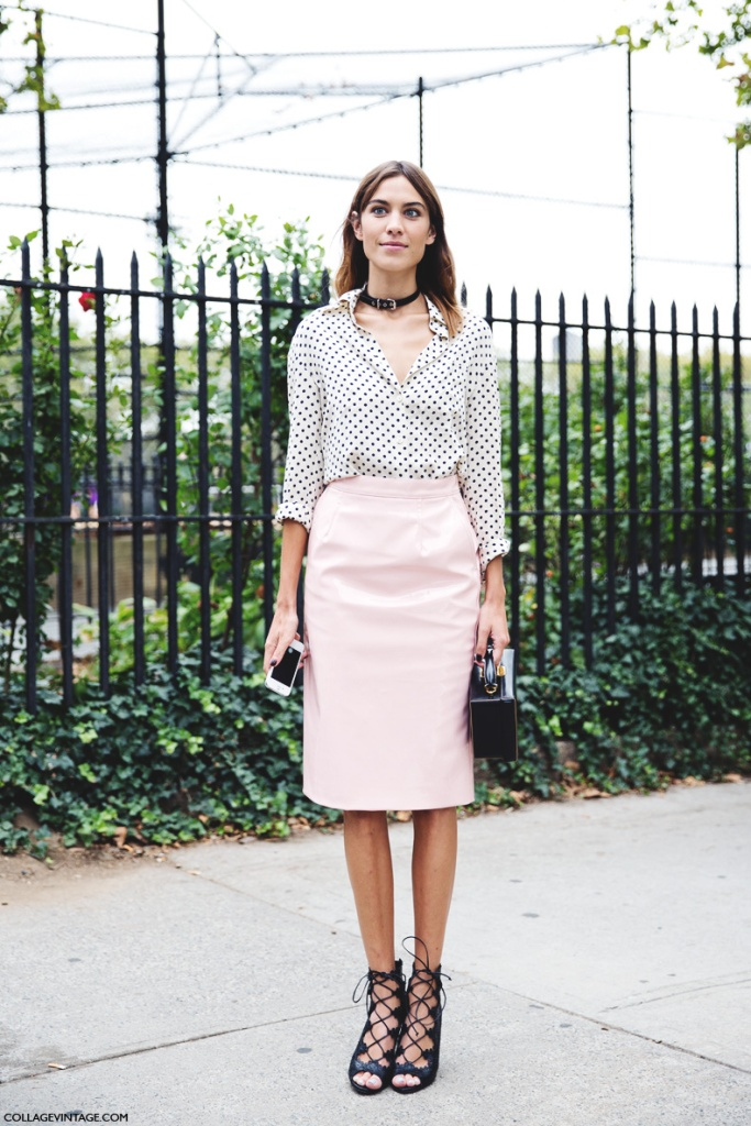 New_York_Fashion_Week_Spring_Summer_15-NYFW-Street_Style-Alexa_Chung-Marc_By_Marc_Jacobs-Pink_Skirt-Dots_Shirt-3